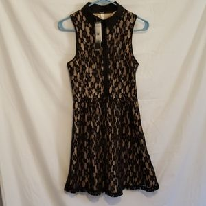 NWT Kensie Black/Gold Floral Lace Dress